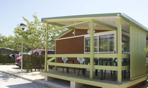 Casita con terraza en Camping Benidorm Armanello