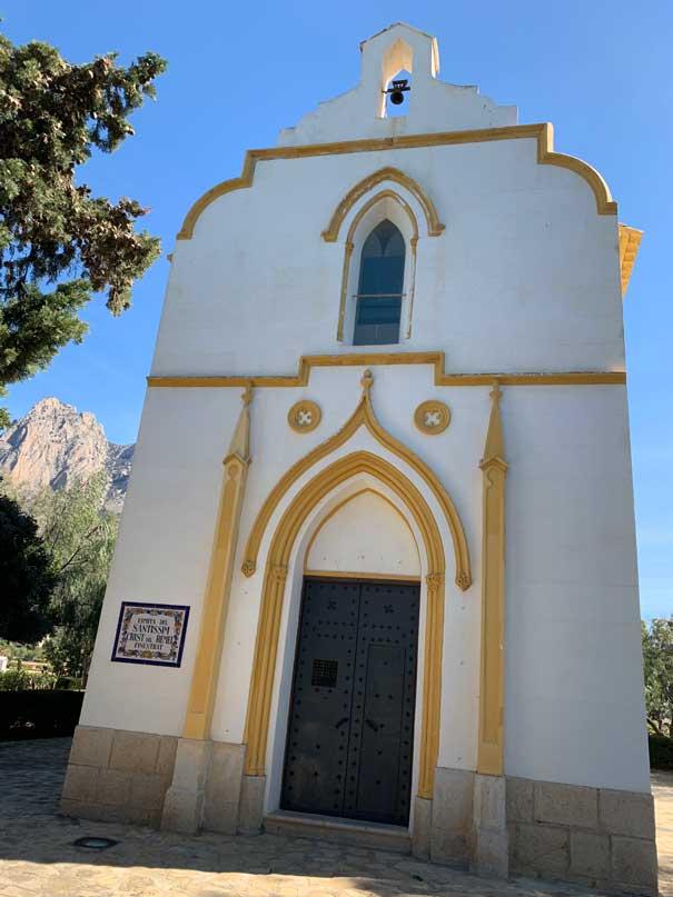Ermita del santisim crist del remei en finestrat, antiguo castell