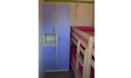 habitación con litera en bungalow Samoa