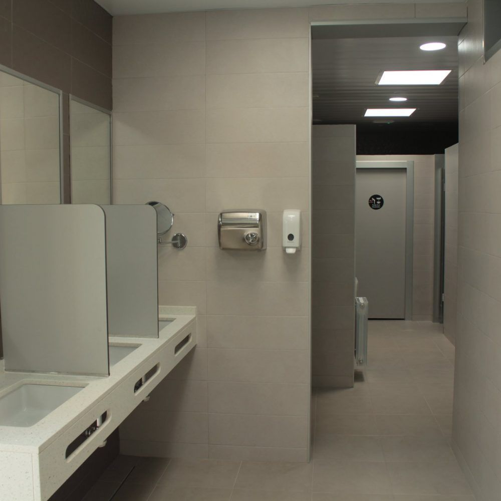 Toilettes et douches du camping armanello