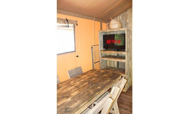 Smart tv en tienda safari