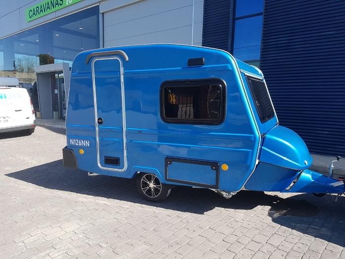 Mini caravana bambina 126 exterior en azul