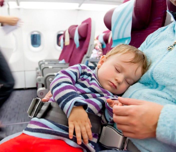 Cinturon-especial-para-bebes-avion