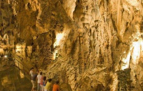 Grotten van canelobre in busot, uitstapje met het gezin