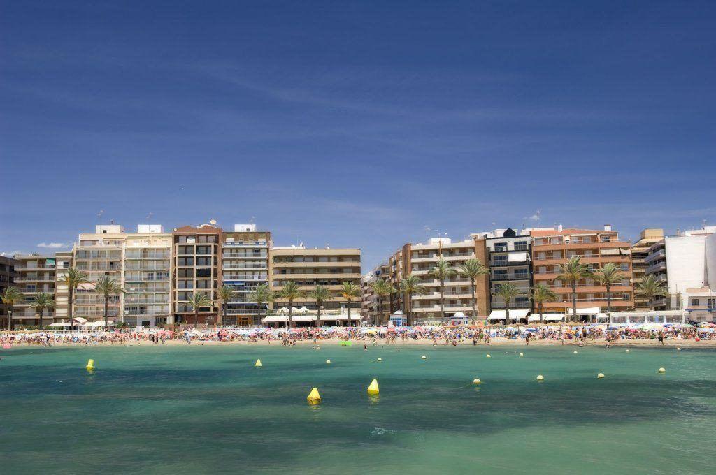 Torrevieja by, alicante-kysten