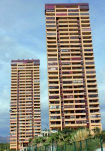 Gebäude las terrazas de benidorm