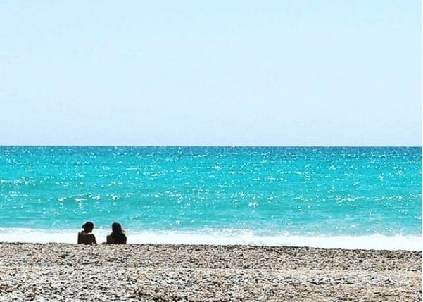 La plage d'asparrallo ou esparrello à la vila