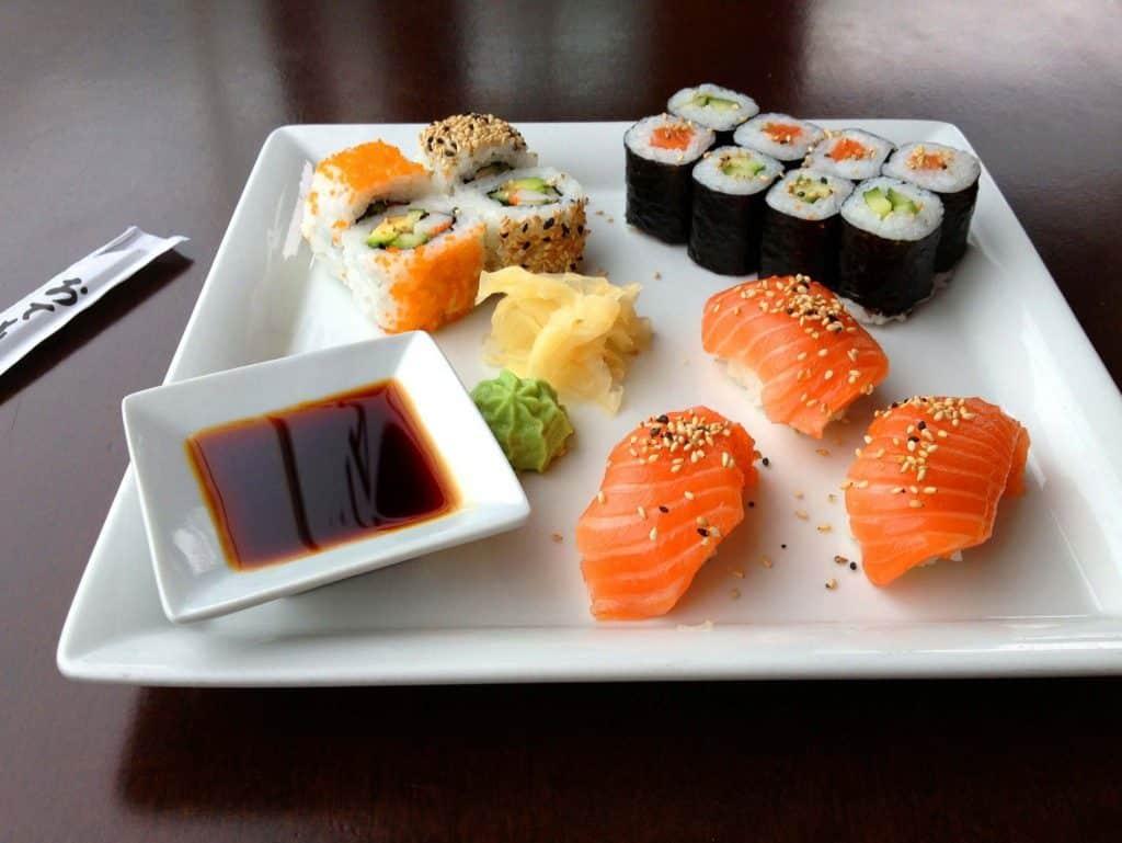 Sushi in einem japanischen restaurant in benidorm