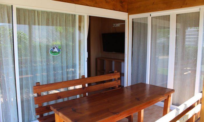 Terraza del bungalow grupo camping alicante armanello benidorm
