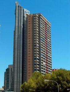 Torre doscalas in benidorm, türme über 100 meter hoch