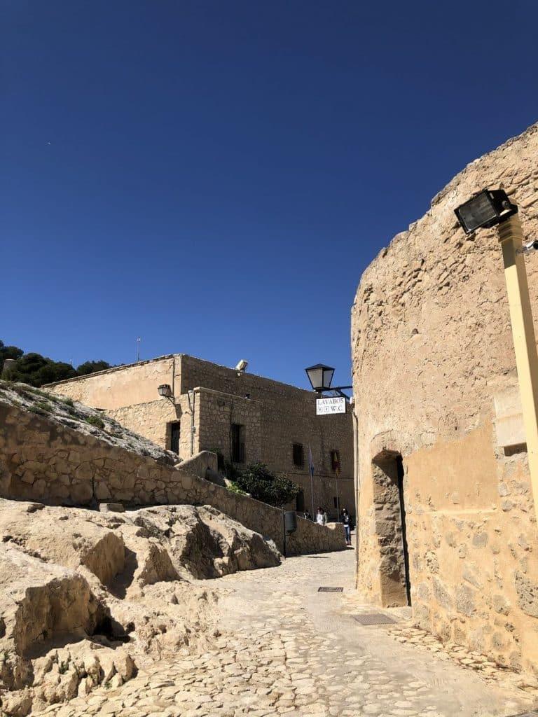 Interior fortaleza santa barbara